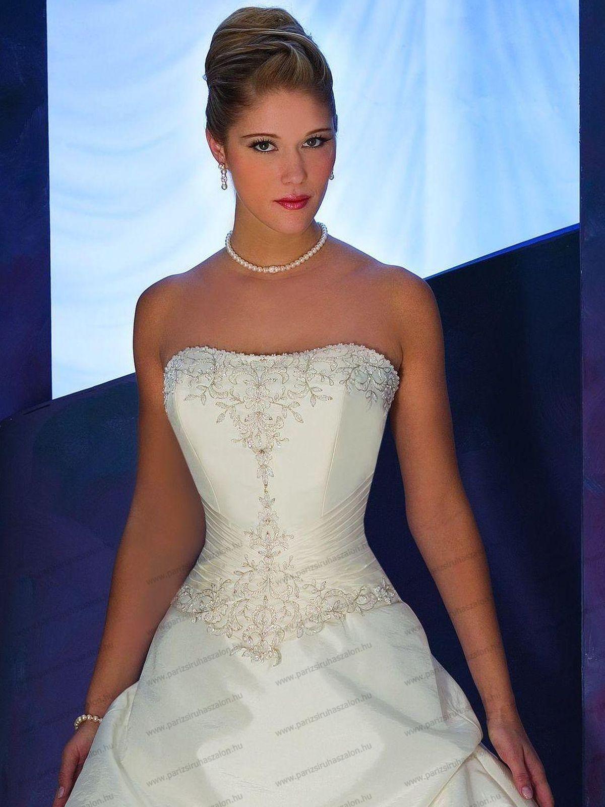 COSMOBELLA 7255 esküvői ruha  18f12c52c5