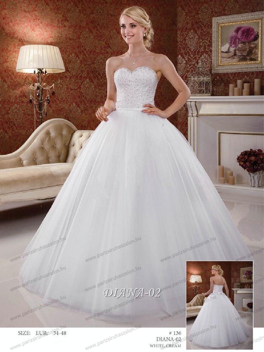 Tüll menyasszonyi ruha Diana 02  796314ffa0