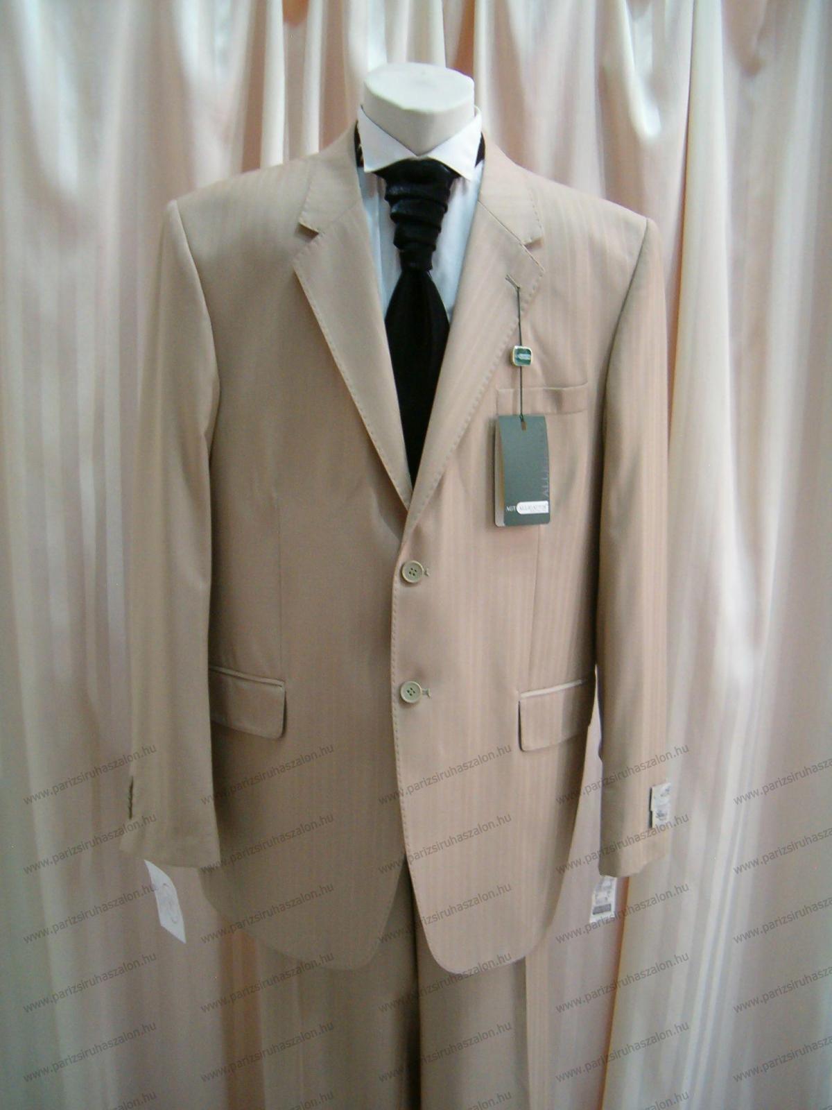 58-as méretű Akciós öltöny K50  a7b3444512