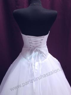 Tüll menyasszonyi ruha URZ 76 . 15f4b6b10d