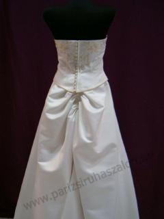AKCIÓS menyasszonyi ruhák KIÁRUSÍTÁSA!  ed91a6d0a0